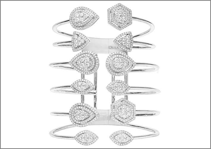 Bracciale con diamanti di diversi tagli
