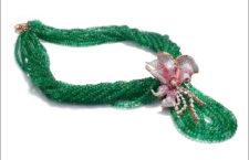 Collana di smeraldi dello Zambia con pendente a forma di fiore