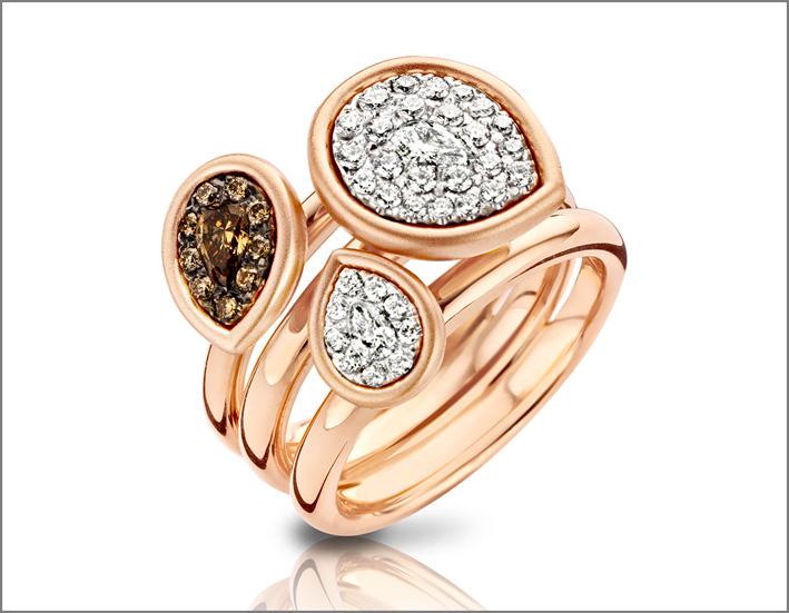 Anello della collezione Golden Imperial in oro rosa e diamanti bianchi e brown