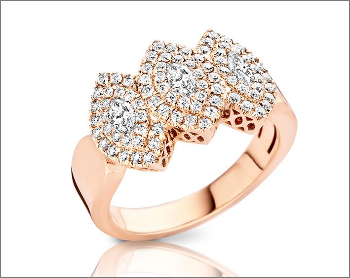Anello della collezione Marquise Addiction in oro rosa e diamanti bianchi