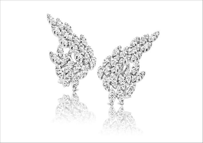 Anello della collezione Diamond Passion in oro rosa e diamanti bianchi