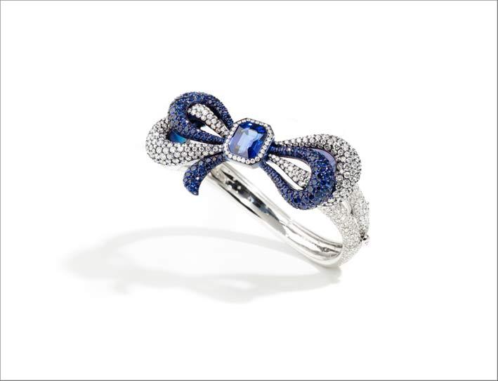 Bracciale in titanio, diamanti, zaffiri