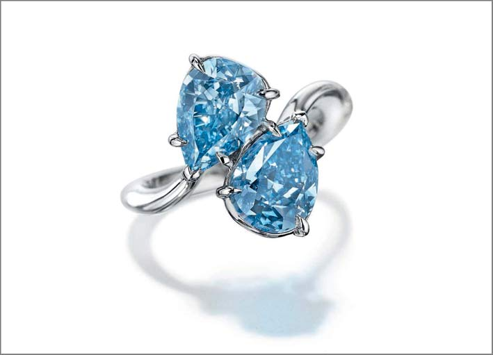 Anello con due diamanti Fancy Vivid Blue