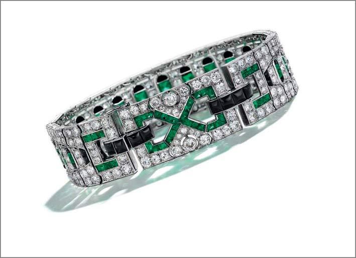 Bracciale art déco con smeraldi, onice e diamanti di Maubussin