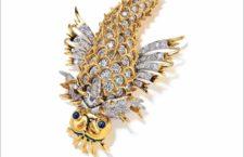 Spilla a forma di delfino in oro, smeraldi, diamanti firmata da Jean Schlumberger per Tiffany