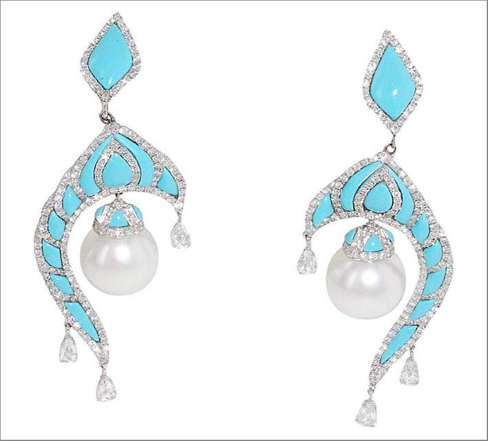 Precchini pendenti in oro bianco con turchesi, diamanti e perle