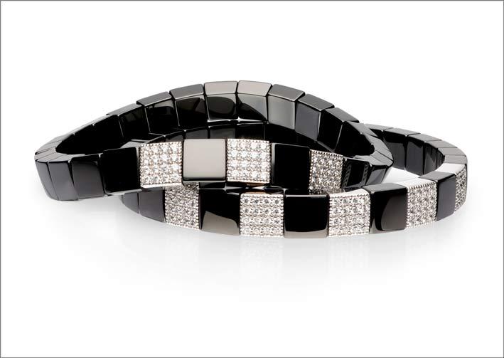 Roberto Demeglio, bracciali della collezione Scacco in ceramica nera e diamanti
