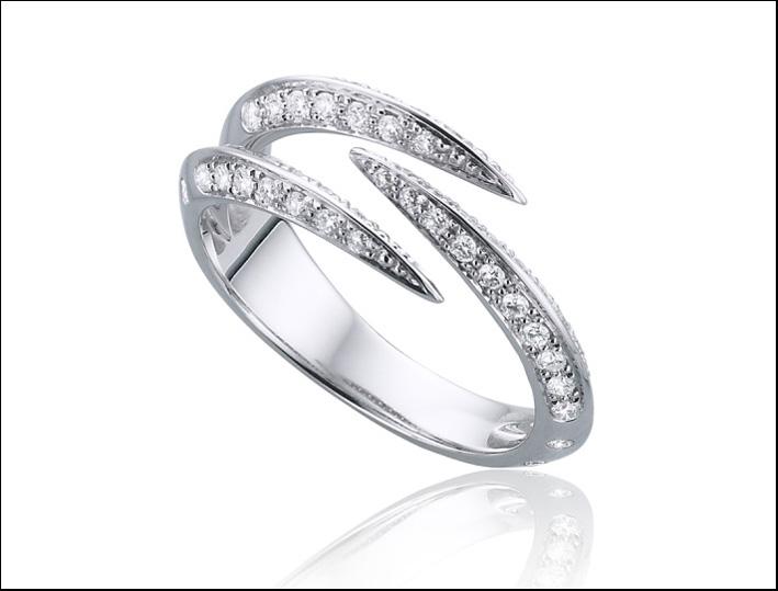 Tomasz Donocik , anello in oro bianco e diamanti