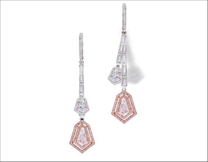 Swinging Diamond Earrings in oro bianco, diamanti bianchi e rosa