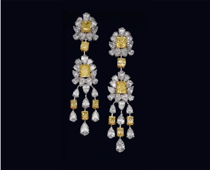Gli orecchini con diamanti bianchi e fancy yellow indossati da Meghan Markle