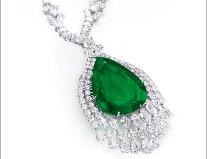 Smeraldo taglio a pera appartenuto alla duchessa Vladimir di Russia