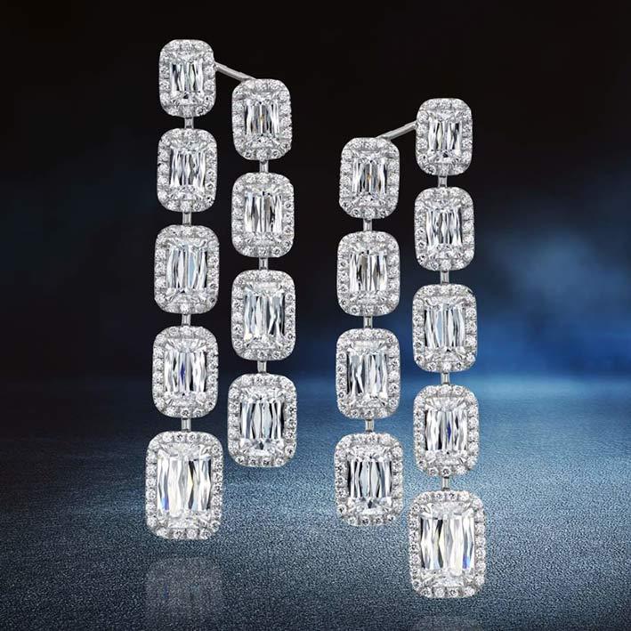Orecchini pendenti con diamanti taglio Ashoka