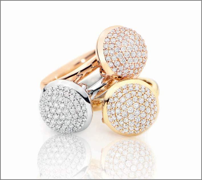 Anelli in oro con pavé di diamanti