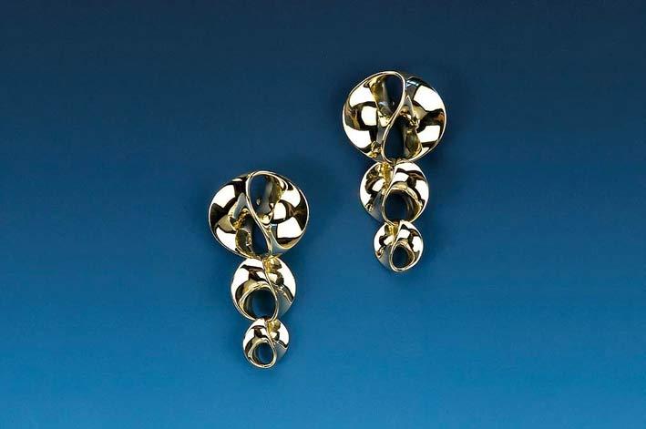 Orecchini Infinity in oro lucido 18 carati