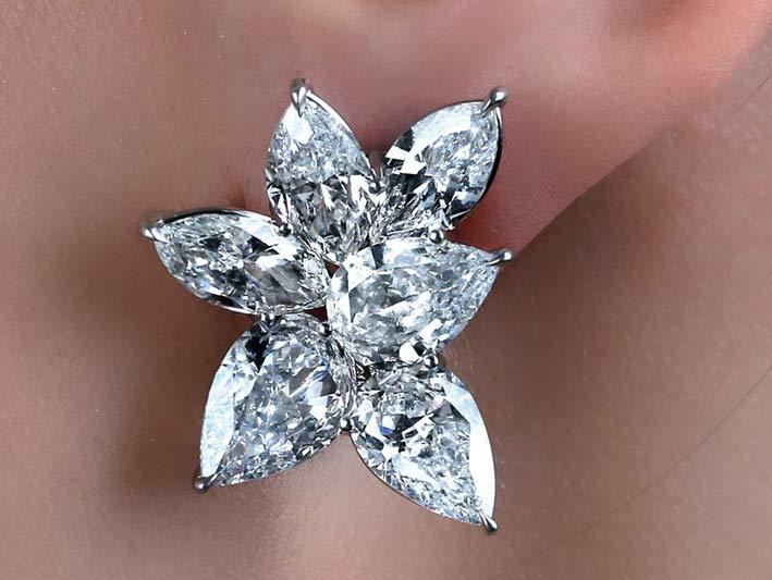 Orecchini con diamanti taglio marquise