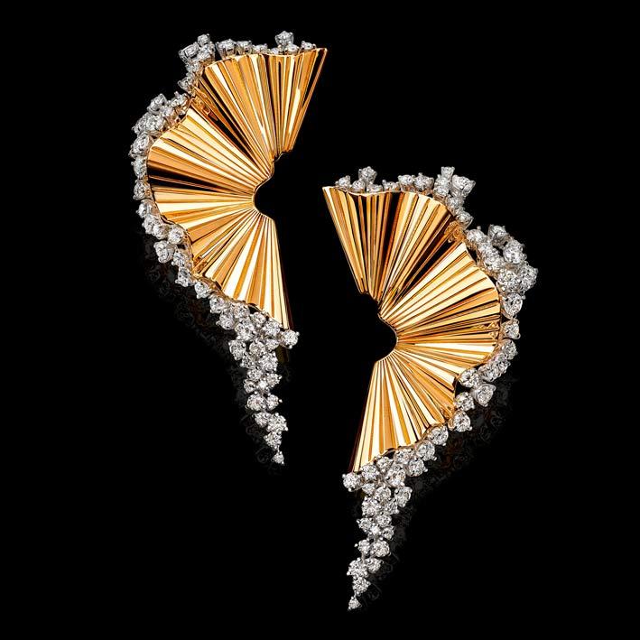 Rays of Sun: orecchini in diamanti bianchi e oro rosa