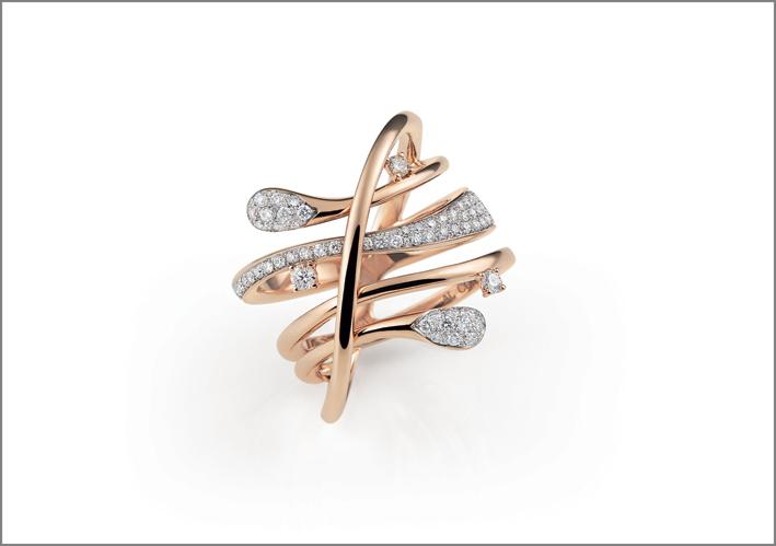 Anello della collezione Goccia in oro rosa e diamanti. Prezzo: 4.580 euro