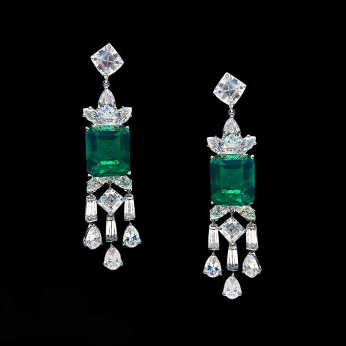 Orecchini Rugiada con smeraldi da 15 carati e diamanti