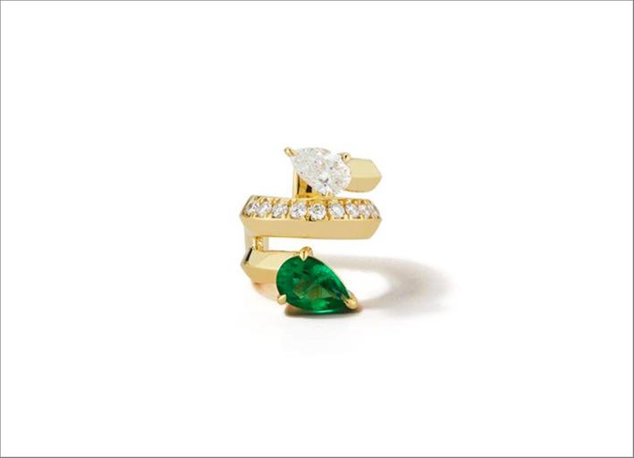 Anello in oro giallo con smeraldo e diamante
