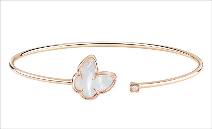 Bracciale in oro rosa e madreperla a forma di farfalla