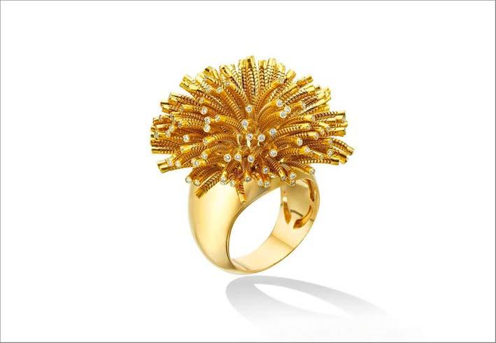 Anello della clllezione Fur, in oro piccoli diamanti