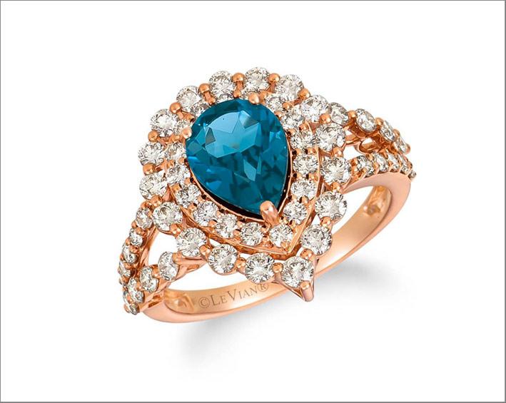 Anello in oro rosa, diamanti, topazio blu