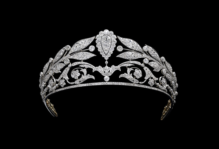 Chaumet, tiara in platino e diamanti