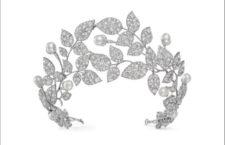 Diadema Boccioli di rosa, oro bianco,diamanti, perle