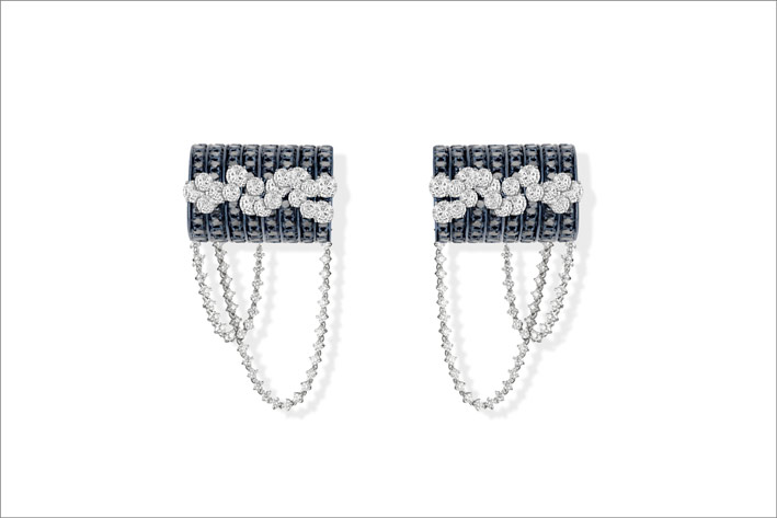 Blue gold, black diamonds and round white diamonds earrings