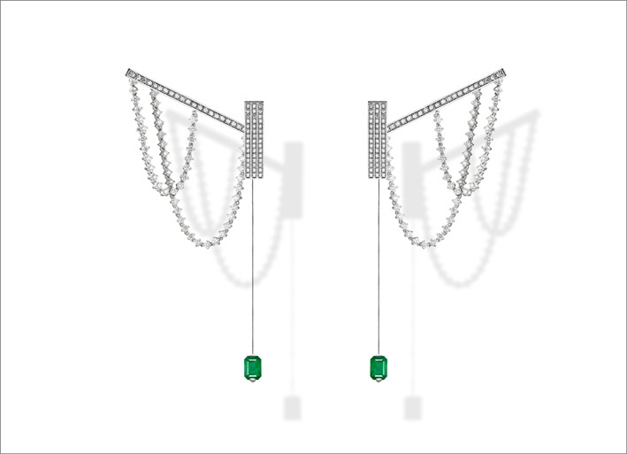 Parabole, white gold, white diamonds and emeralds earrings