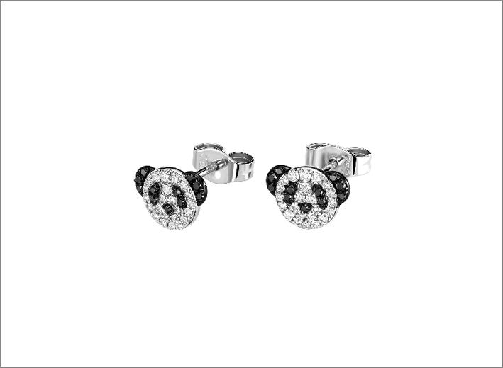 Orecchini in oro bianco e diamanti a forma di panda