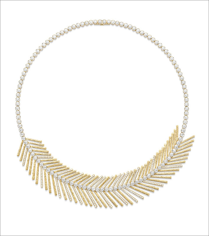 Desert Palm Necklace, 18K 4N rose gold necklace set with 392 brilliant-cut diamonds (approx. 13.61 cts)
