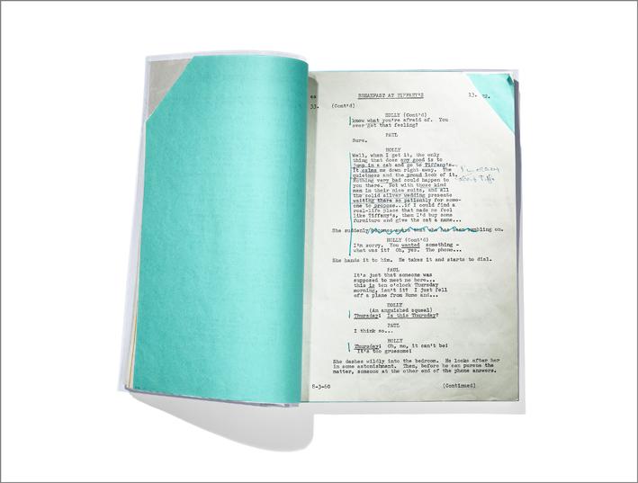 Copione di Breakfast at Tiffany's , trascrizione di Paramount Pictures e annotazioni di Audrey Hepburn® (1960-1961). Audrey Hepburn® - Trademark and Likeness property of Sean Hepburn Ferrer and Luca Dotti – All Rights Reserved. Photo credit: The Tiffany Archives