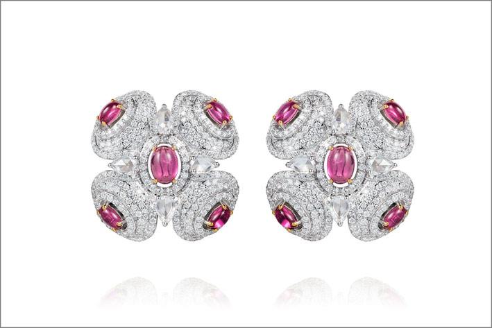 Orecchini Zen con diamanti e rubellite