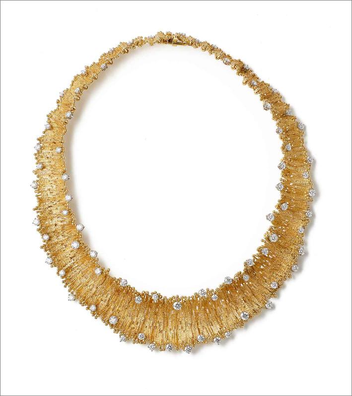 Collana in oro e diamanti del 2011