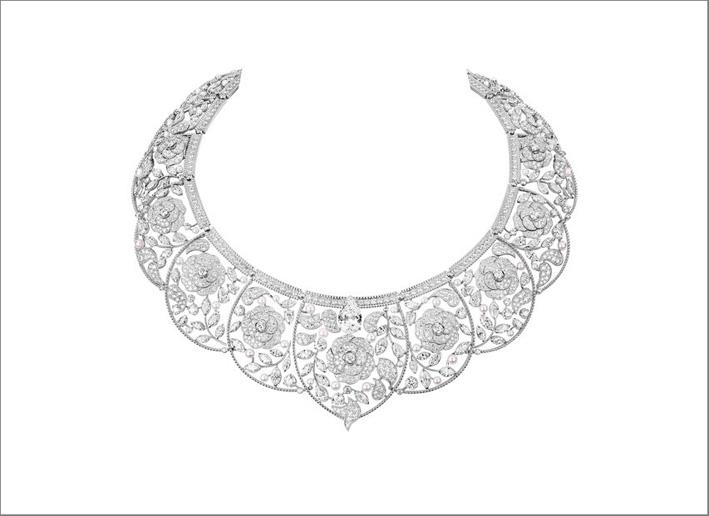 Collier in oro bianco e diamanti