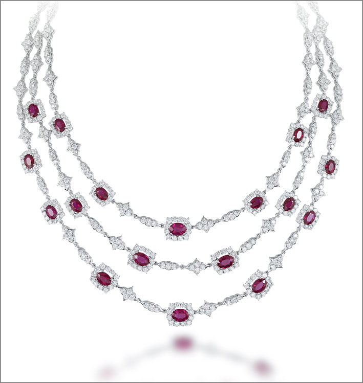 White gold ruby (21.49 ct) and diamond (28.74 ct) necklace set in white gold