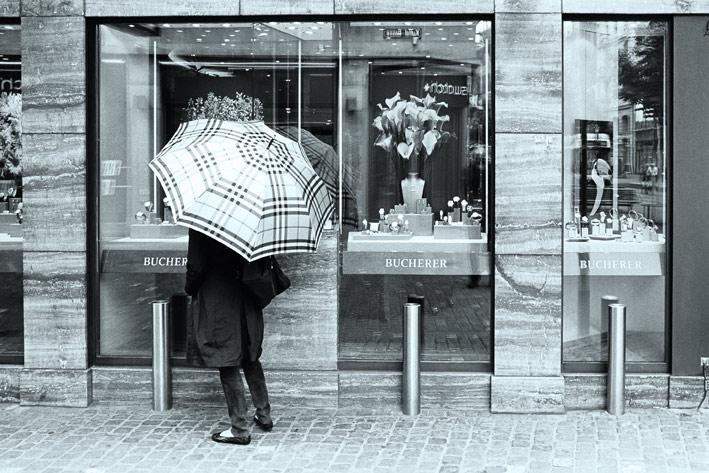 Vetrina di gioielleria a Zurigo