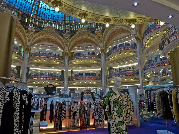 Interno delle Galeries Lafayette