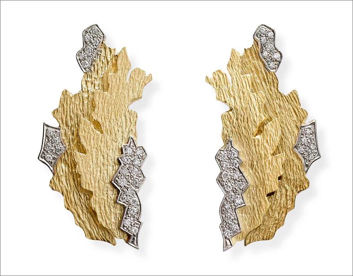 Orecchini in oro e diamanti di Jojo Grima, 2015