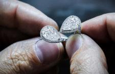 Lavorazione di un anello Toi & Moi by Messika