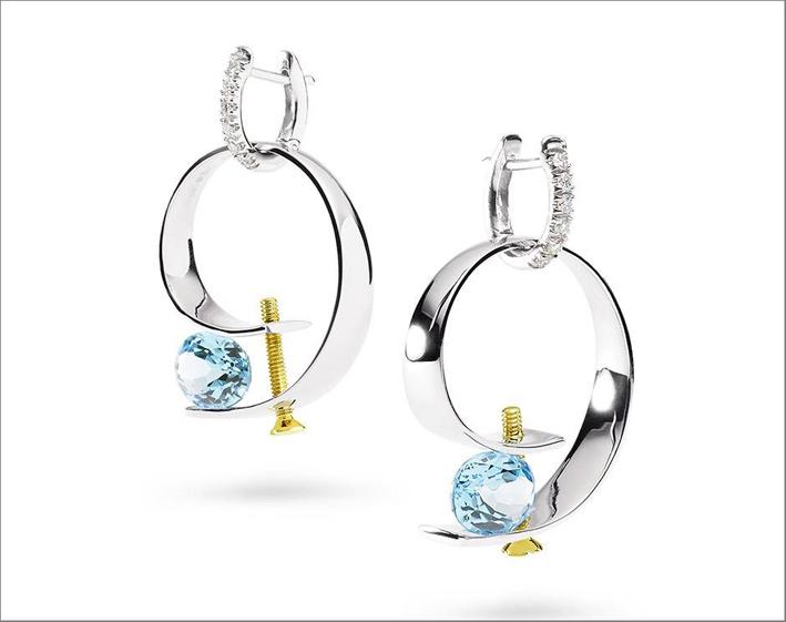 Orecchini in oro bianco, diamanti, acquamarina