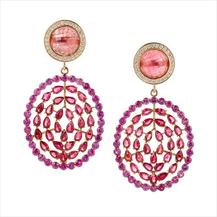 Orecchini Plima con zaffiri rosa, tormaline rosa, diamanti bianchi