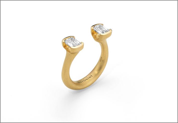 Antonini, anello Toi et Moi in oro giallo e diamanti della linea Extraordinaire