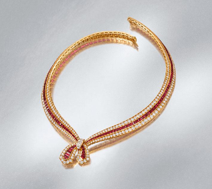 Collana Bellegarde con rubini e diamanti di Van Cleef & Arpels