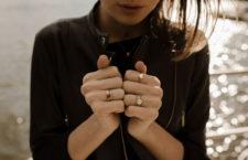 Anelli impilabili indossati