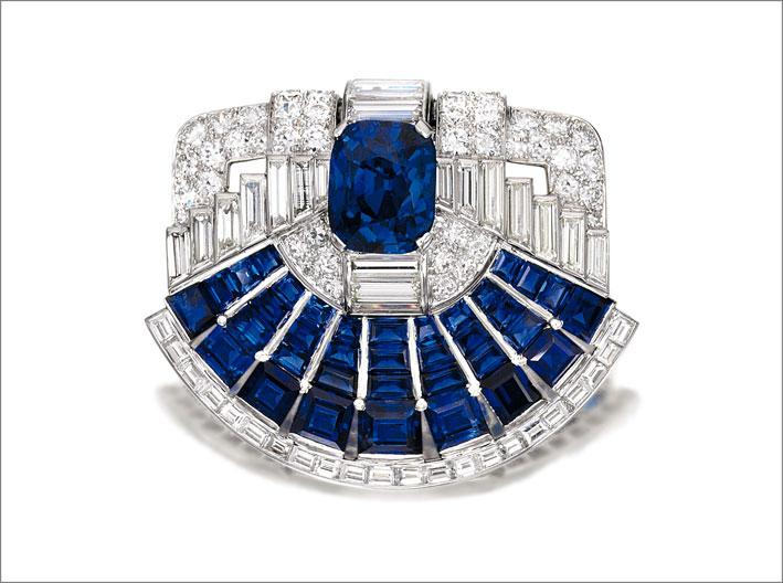 Spilla di diamanti e zaffiri, Cartier, 1937