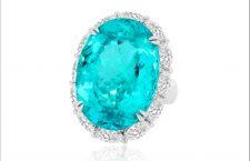 Anello con tormalina Paraiba di 24,75 carati e diamanti