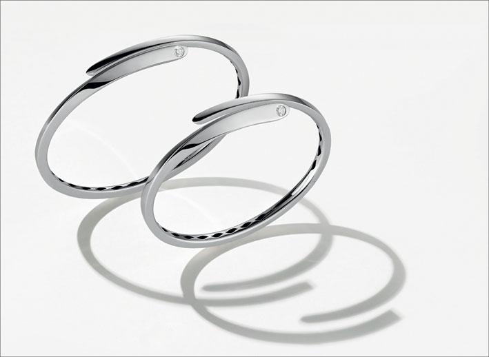 Bracciali di diverse misure in oro bianco e diamante
