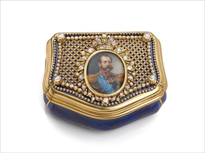 Tabacchiera della Corte imperiale russa realizzata dal gioielliere Bolin, con una miniatura in avorio dell'imperatore Alessandro II